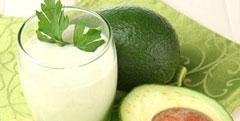 Recette de velouté d'avocat au lait de coco