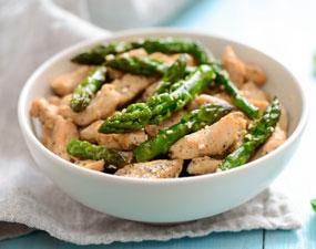 Recette salade d'asperges au poulet fumé